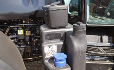 New Holland T7.185 and NH T7.220 AdBlue solution